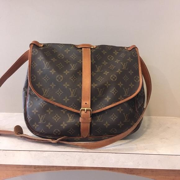 ce2140df49d8 Louis Vuitton Handbags - LV SAUMUR 35